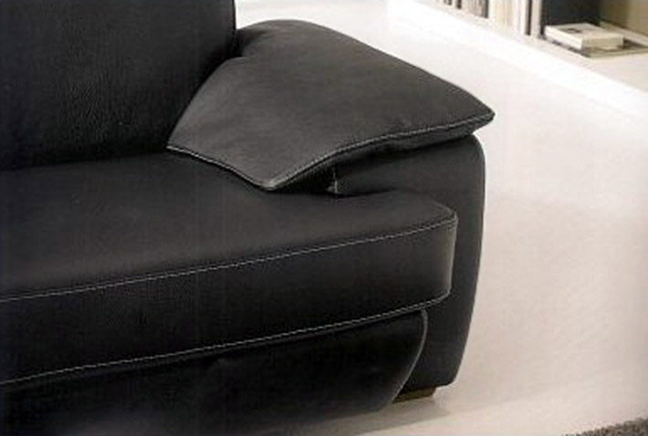 Divano in pelle elisa - Pelle del divano rovinata ...